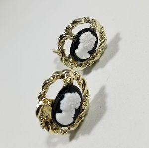 Vintage cameo earrings custom jewelry